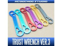 Ключ Trust Wrench Ver.3 Hedgehog Studio Gold